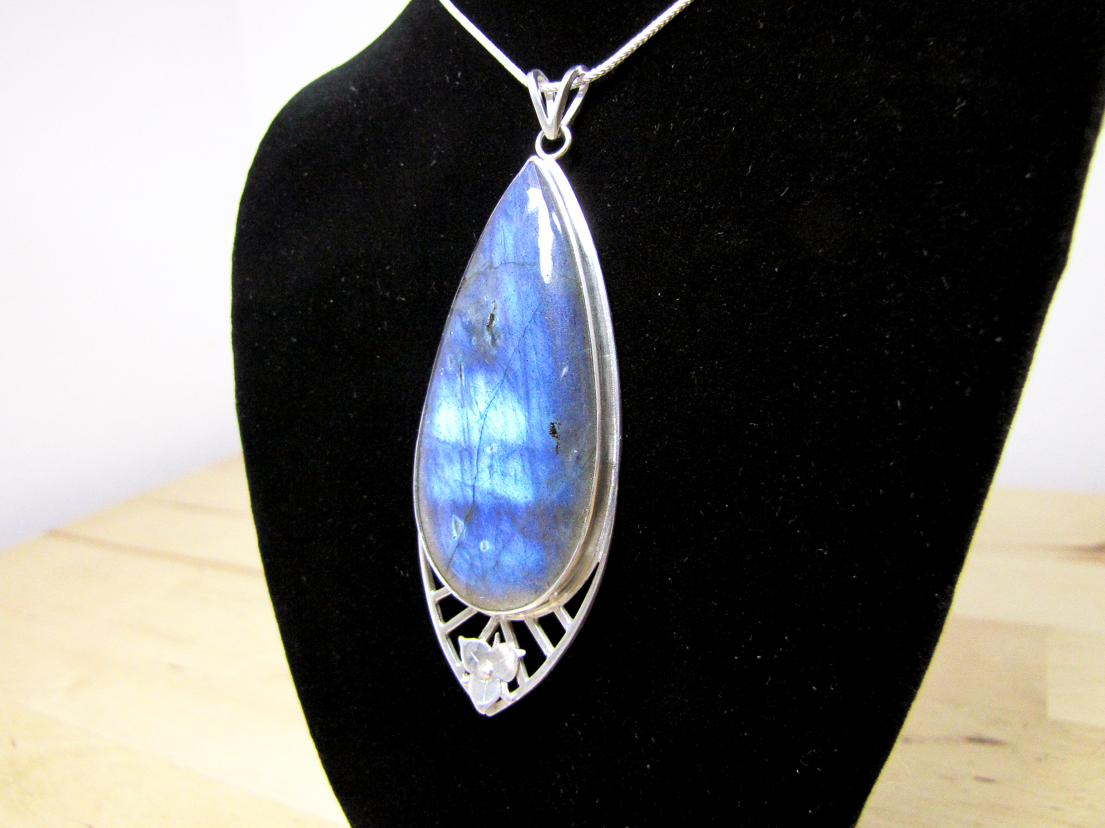 Labradorite in Cathedral Setting