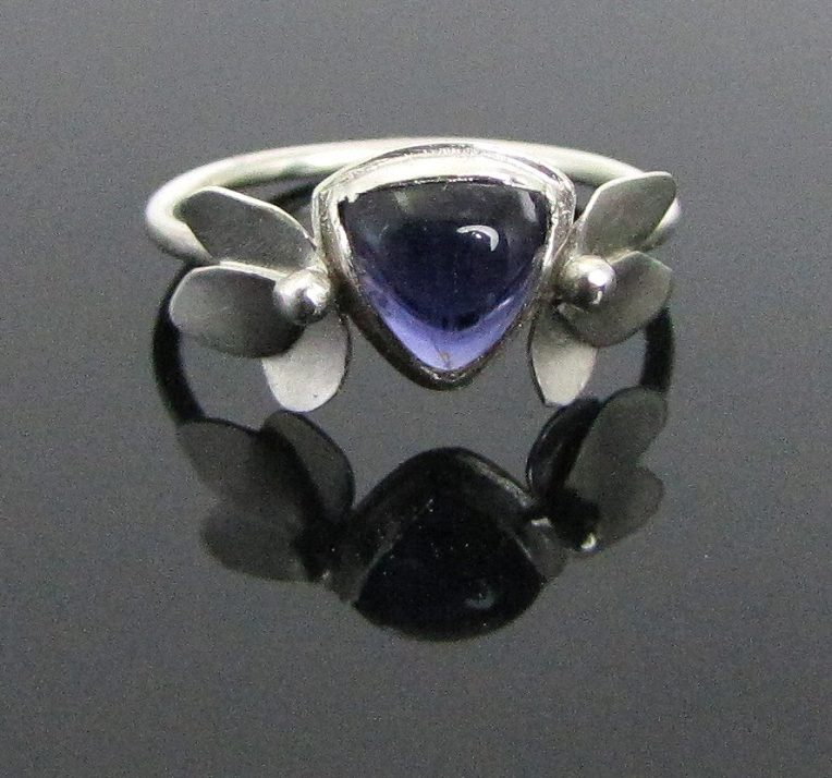 iolite-flower-ring-01