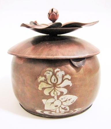 Lotus Box A
