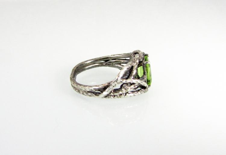 Branch Wedding Ring Peridot 2