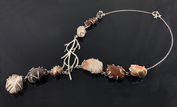 Laura Wedding necklace 01
